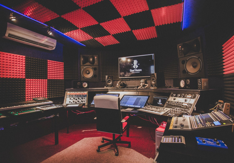 Bad Hatter Studios on SoundBetter