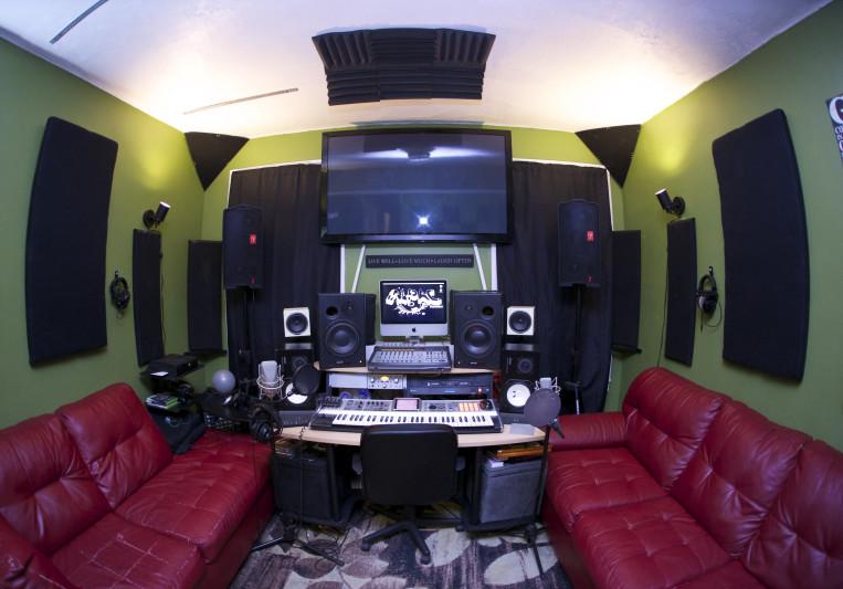 Green Room Studio NYC #GRSNYC on SoundBetter