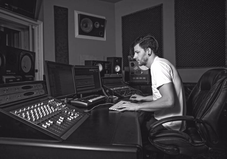 Mickey Ellsworth on SoundBetter