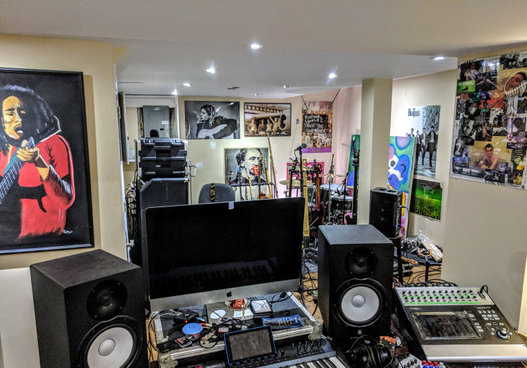 Club Dube on SoundBetter