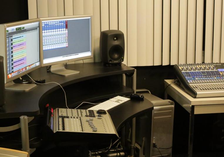 DoubleT Studios on SoundBetter