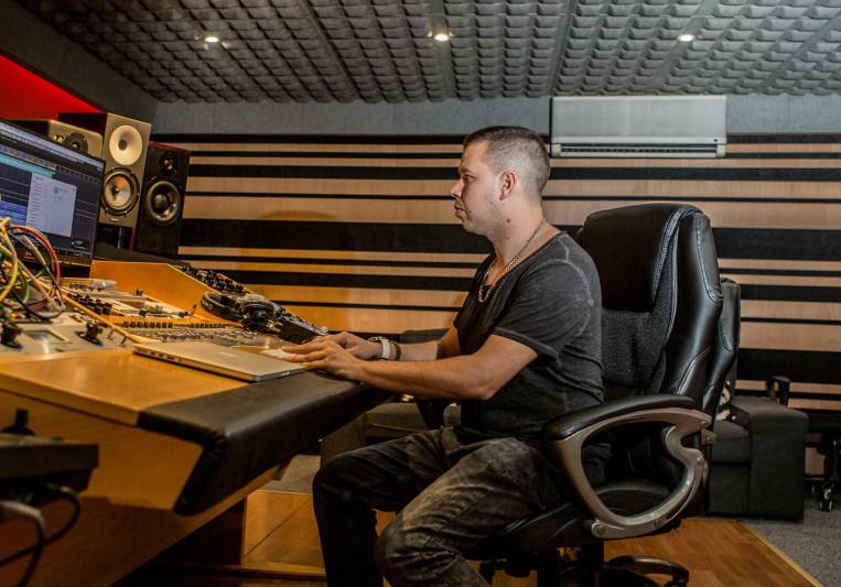 JC Producer & Audio Engenieer on SoundBetter