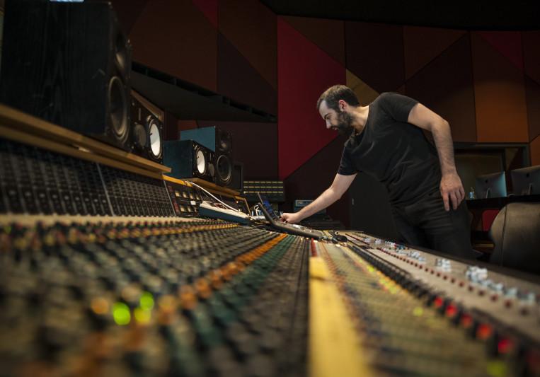 Emiliano Caballero | Mixing on SoundBetter