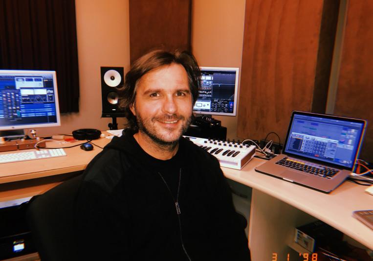 Alex Casual Man on SoundBetter