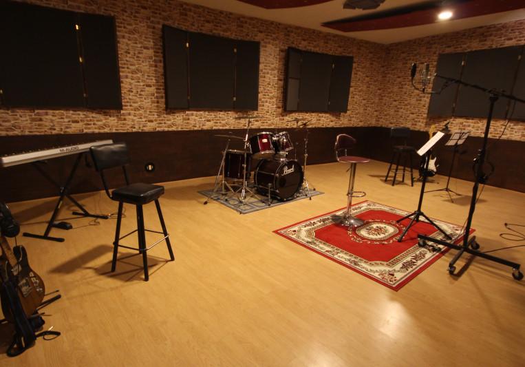 AntenaStudio on SoundBetter