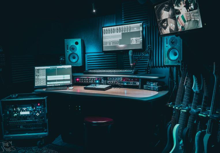 Old School Studios on SoundBetter