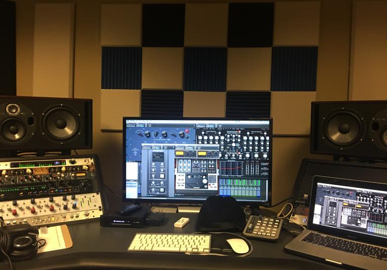 Theo Muzic on SoundBetter