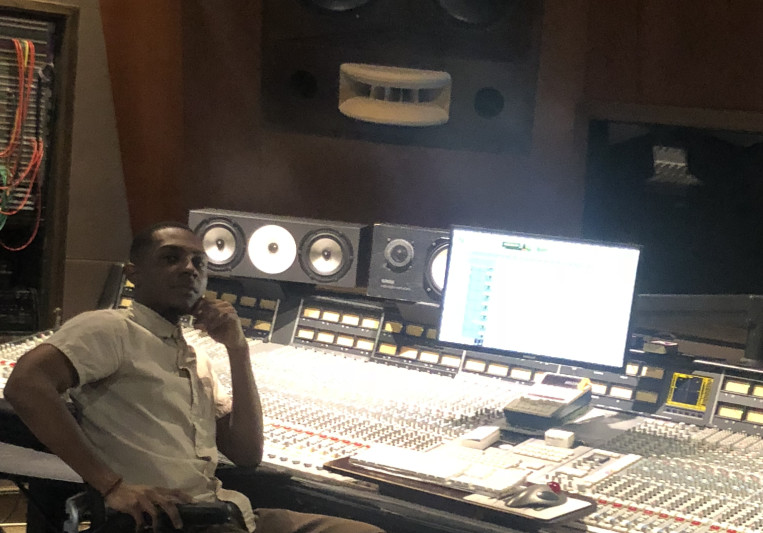MarQuell (Astro Studios) on SoundBetter