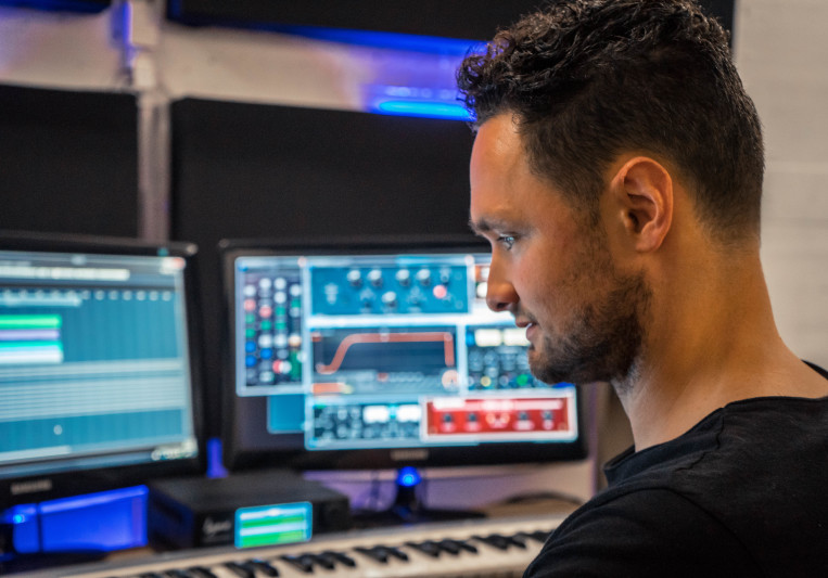 Roulsen on SoundBetter