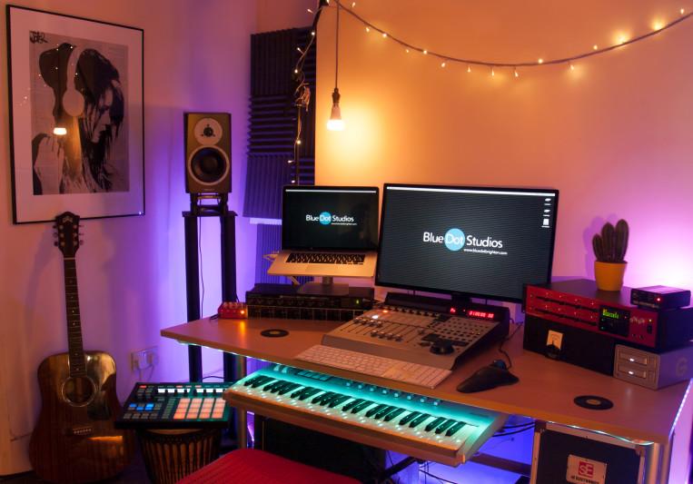 Olli Daffarn; Blue Dot Studios on SoundBetter