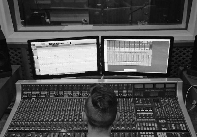 Tom Snell Recording on SoundBetter