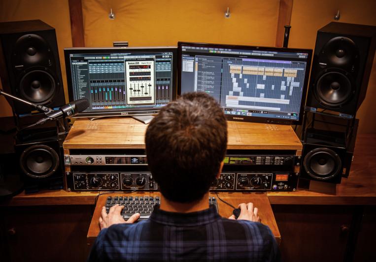 Jorge Cancela - Mezcal on SoundBetter