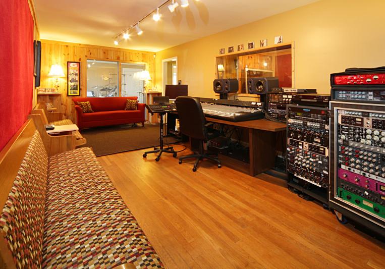 My Nashville Demo on SoundBetter