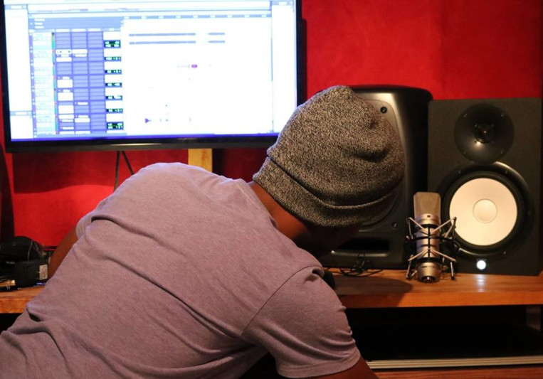 Gear Gods Studio on SoundBetter