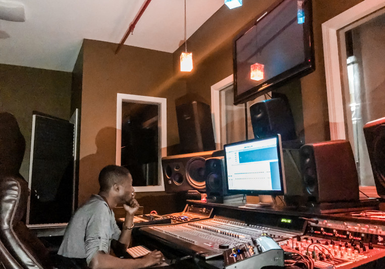 Pee Gh on SoundBetter