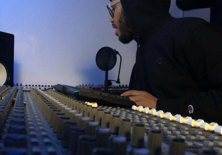 SkyCamp on SoundBetter