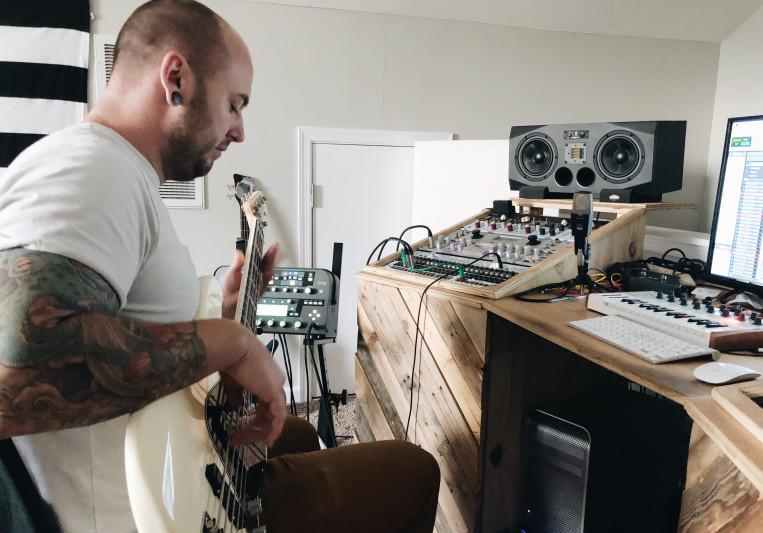 Jake DeJarnett Studio Bassist on SoundBetter
