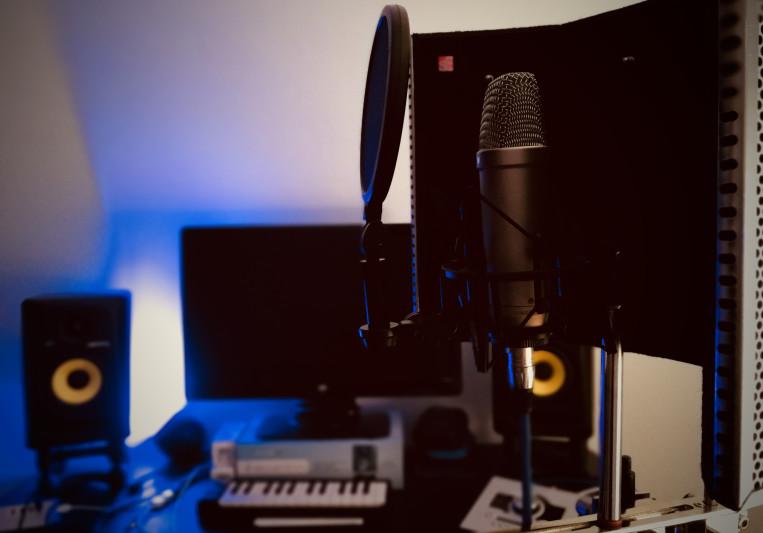 SarahReynoldsMusic on SoundBetter