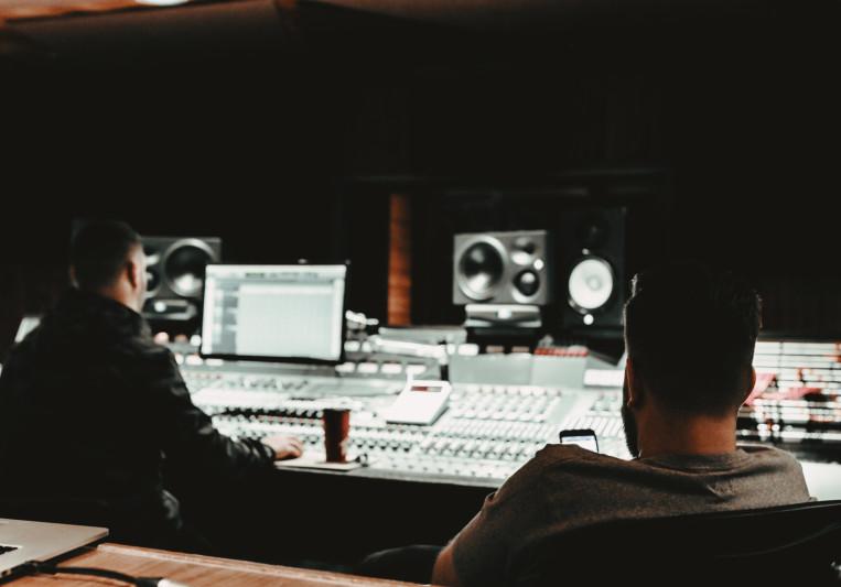 Rainer + Grimm on SoundBetter