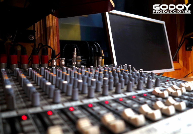 Godoy Producciones on SoundBetter