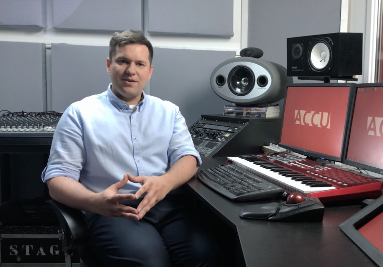 Jonas King on SoundBetter