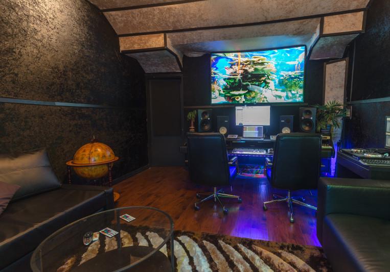 The Velvet Room by GP Butter on SoundBetter