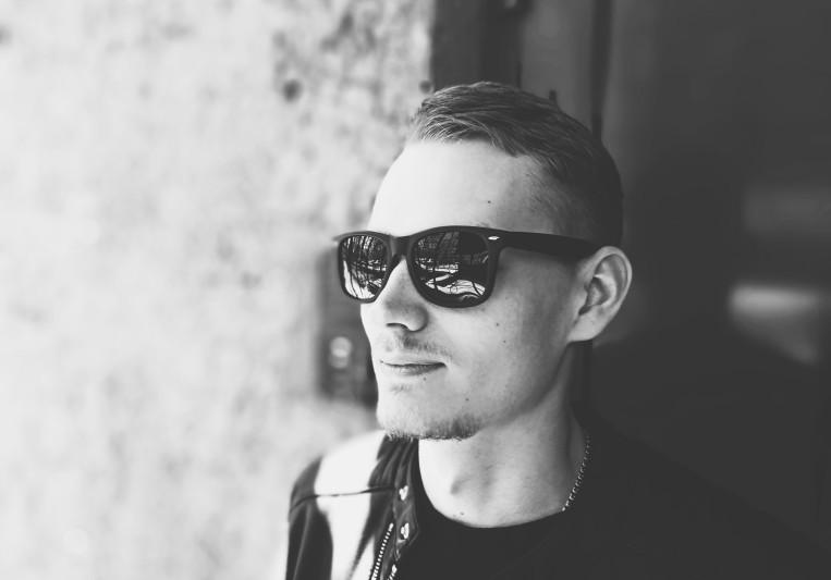 Nick Crowley on SoundBetter