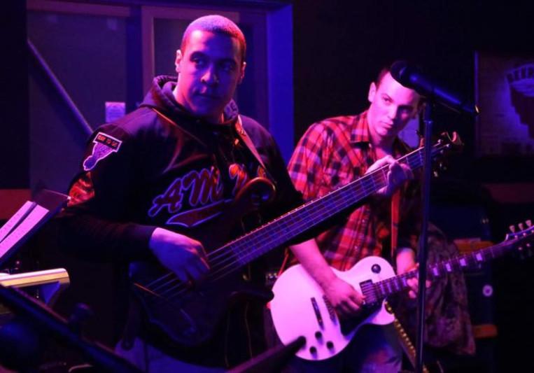 Sterling Bass Performance on SoundBetter