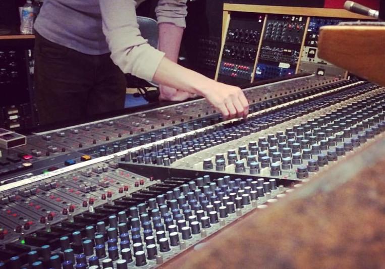 Healing House Recordings on SoundBetter