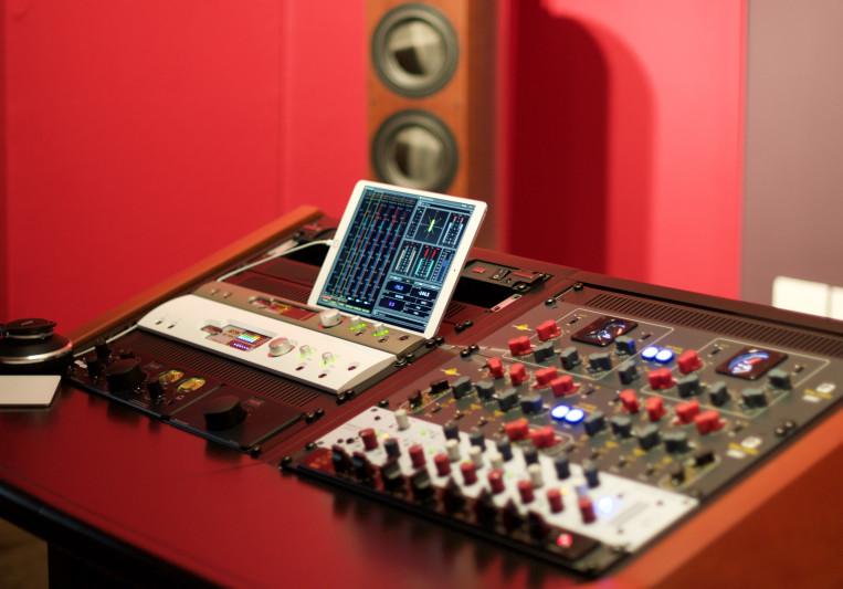 Lugove Mastering on SoundBetter