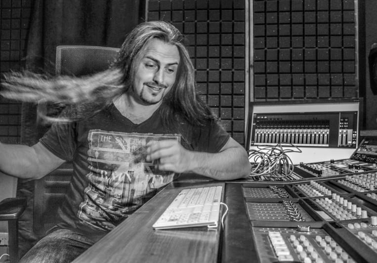 Take-Away Studio on SoundBetter