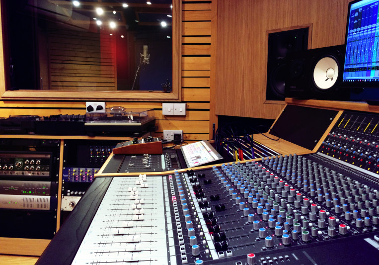 Slipway Studio on SoundBetter