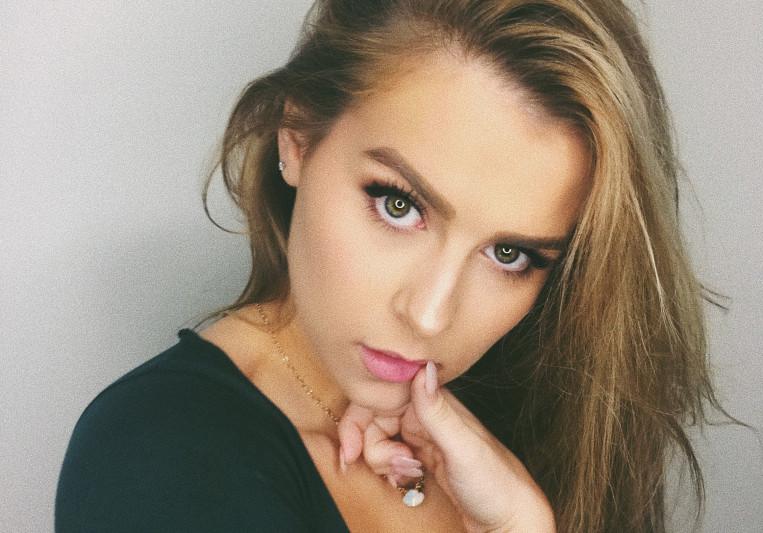 Abigail Barlow on SoundBetter