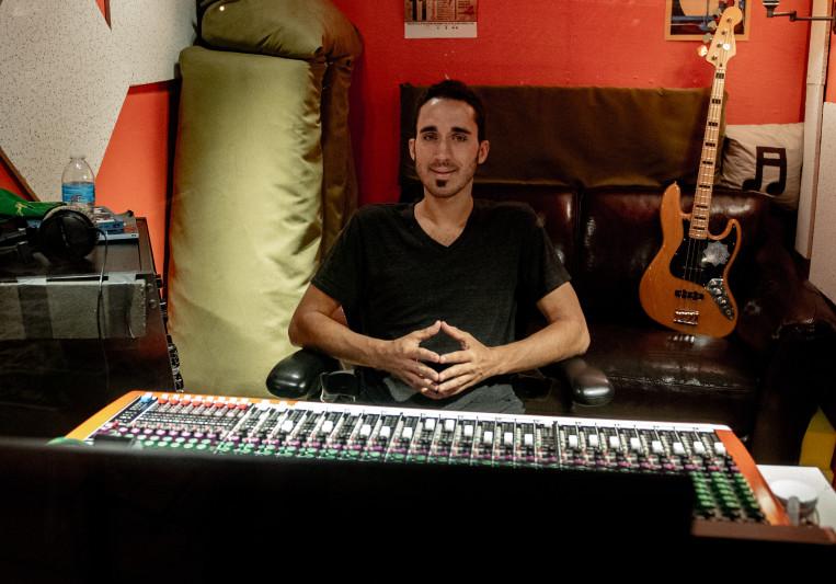 Paul Niehaus IV   Blue Lotus on SoundBetter