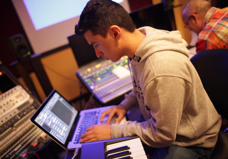 Tristan Mendoza on SoundBetter
