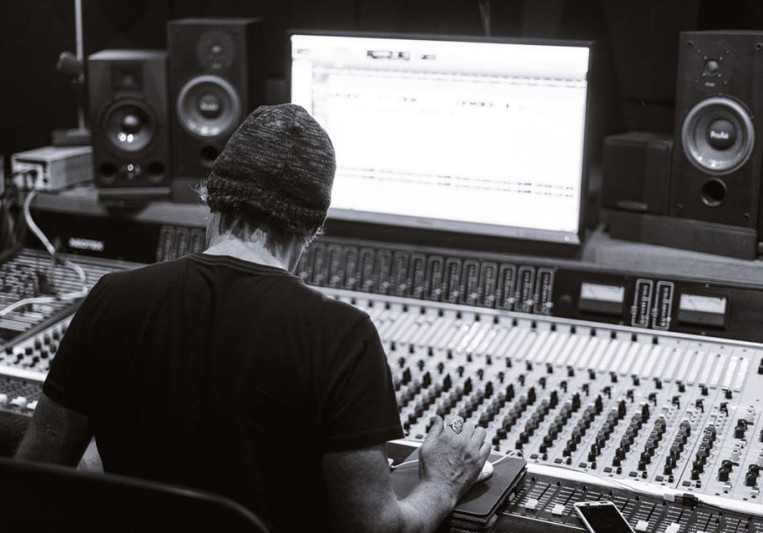 Be Hussey on SoundBetter