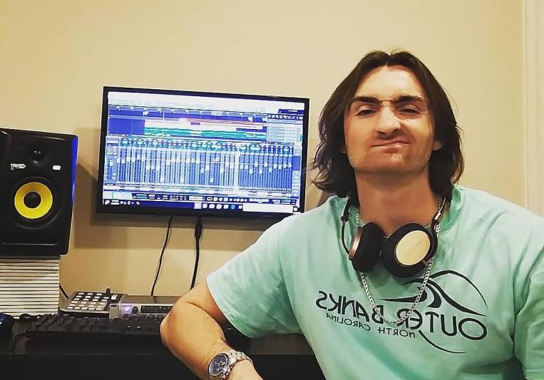 Panama Kinal on SoundBetter