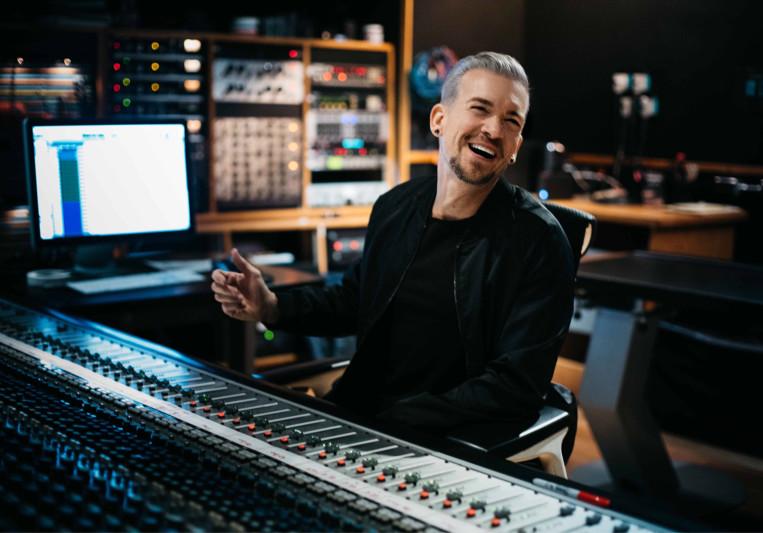 Damon Sharpe on SoundBetter