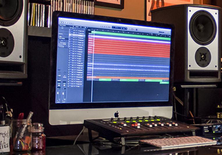 Ellie Karavas on SoundBetter