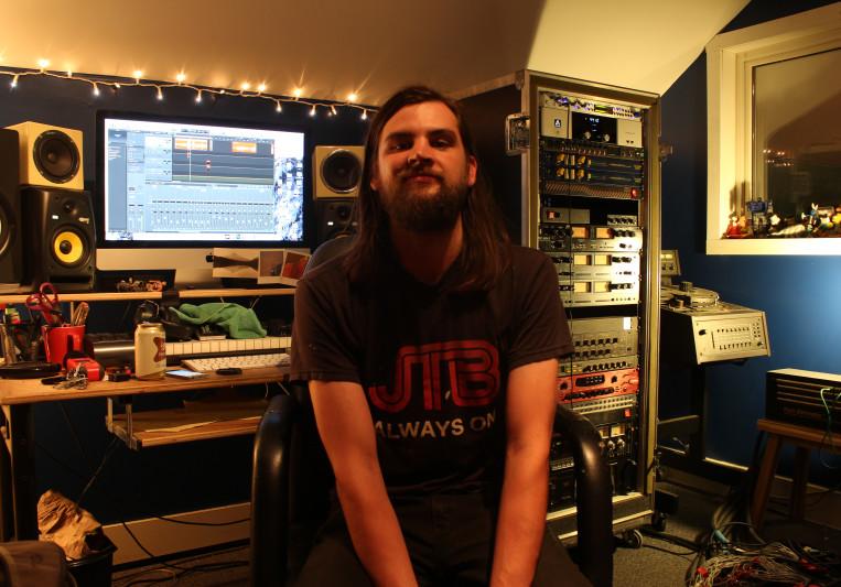 Jared M at Distorted Forest on SoundBetter
