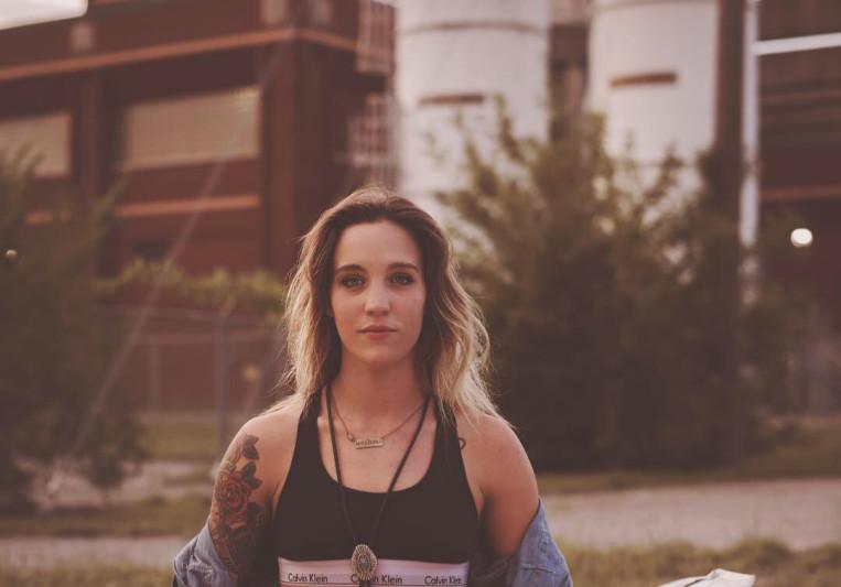 Lindsay Maria on SoundBetter