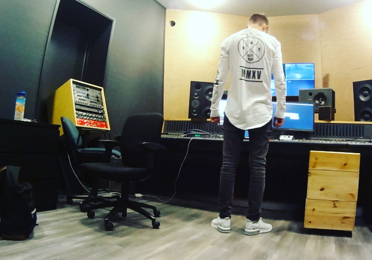 Rowen Reecks on SoundBetter