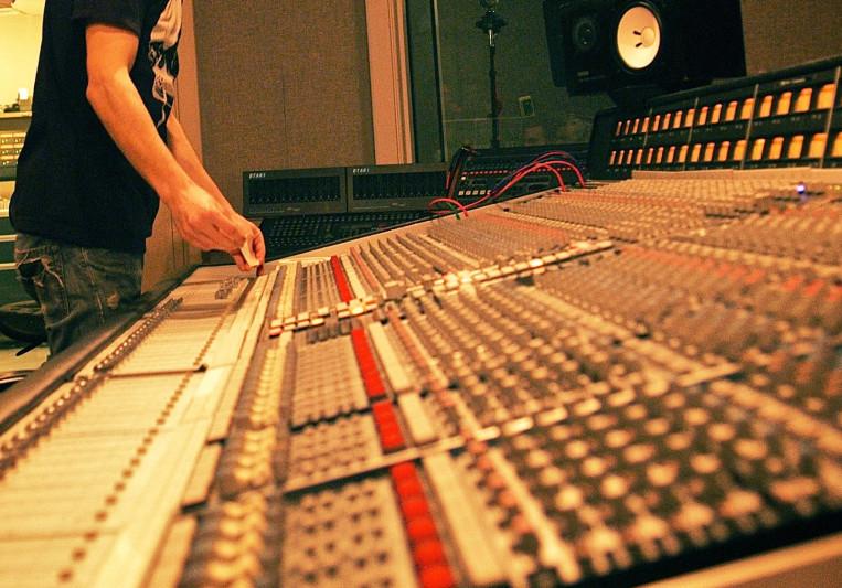 Grant Husselman on SoundBetter