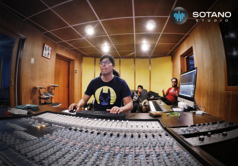 Carlitos Chacón on SoundBetter
