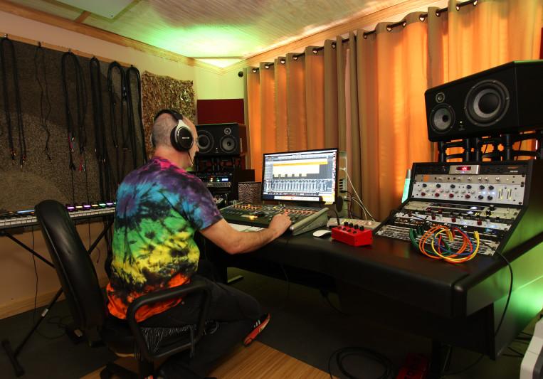 Mark Fulwider on SoundBetter
