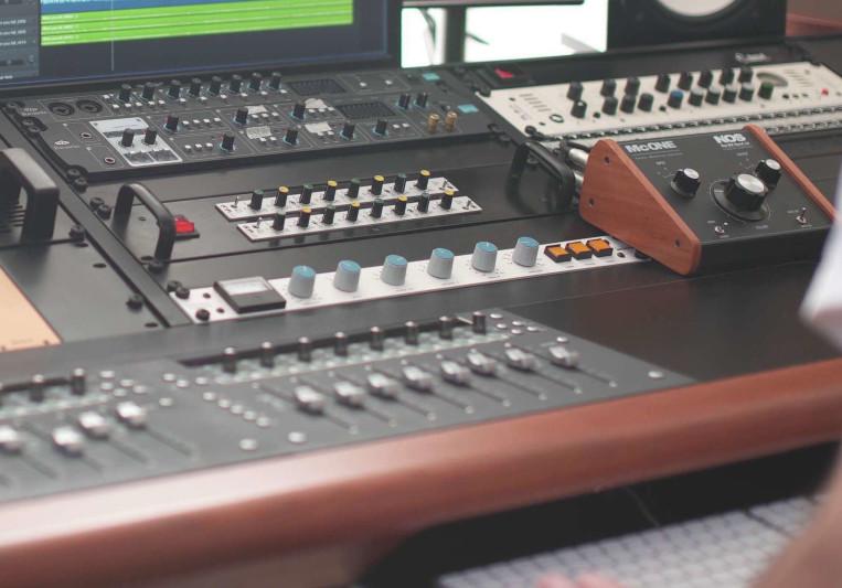 Daniel, Wave Studio on SoundBetter
