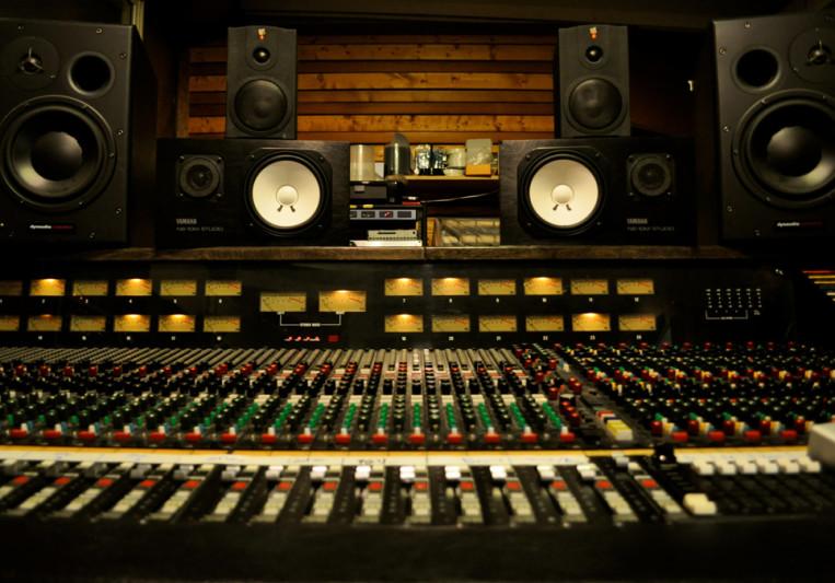 Es&Zeta'n on SoundBetter