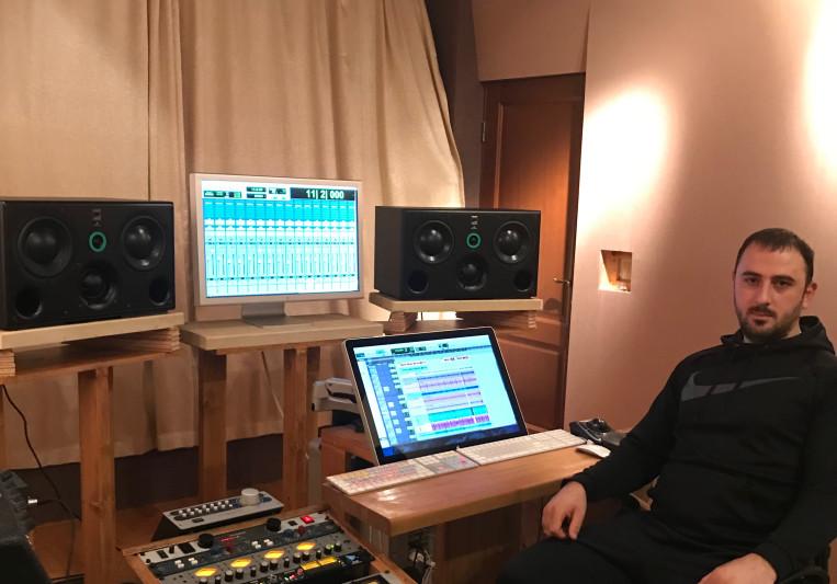 DEMISVASILIADIS on SoundBetter