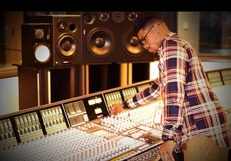 Rebels One Studio™ on SoundBetter