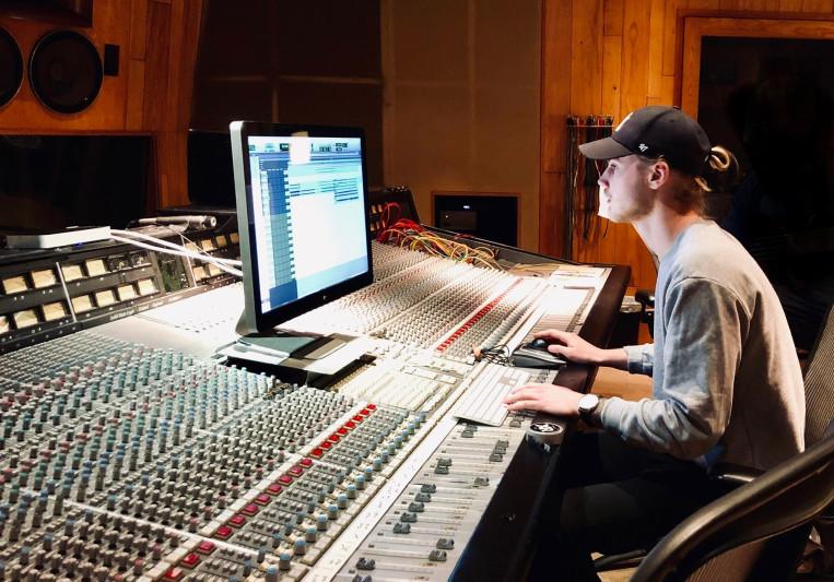 Oscar Linnander on SoundBetter
